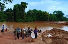 Vỡ đập thủy điện Lào: 24 giờ nỗ lực cứu đập bất thành