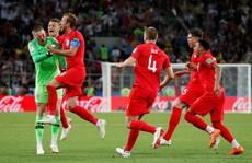 Tuyển Anh phá 'dớp' 11 m khi thắng Colombia 4-3