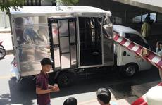 'Bó tay' với chiếc xe tải 'liều mạng' trên đường Hoàng Sa