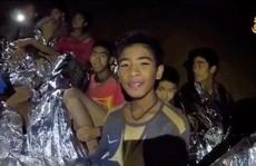 Đội bóng nhí Thái Lan: Sống sót thần kỳ nơi 'địa ngục'