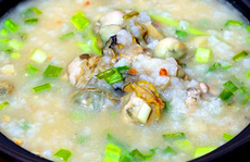 Cháo hà lạ miệng cho chuyến khám phá ẩm thực Hạ Long