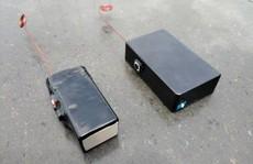 Chiếc hộp có thể mở mọi loại khóa cửa thông minh trong 3 giây