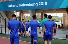 Olympic Việt Nam không có sân tập, phải rèn luyện trên đất trống
