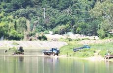 Vụ Ai cho phép khai thác cát làm đường?: Huyện vào cuộc kiểm tra khẩn cấp