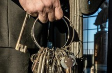 Ai là người nắm giữ 2.797 chìa khóa của bảo tàng Vatican?