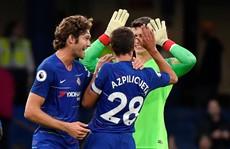 Thua Chelsea, 'vua săn danh hiệu' Emery khởi đầu tệ tại Arsenal