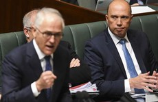 10 bộ trưởng xin từ chức, chính trường Úc chao đảo