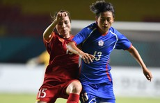 Kém về sức vóc, bóng đá nữ Việt Nam khó tiến xa