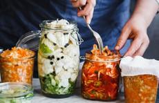 10 mẹo vặt hữu ích siêu đơn giản dành cho người làm bếp