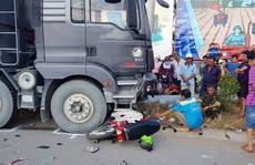 Xe ben 'càn' xe máy, 2 người tử vong tại chỗ