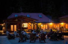 Khám phá những địa điểm nghỉ dưỡng độc đáo nhất trên thế giới
