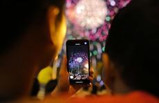 Clip: Người dân TP HCM hào hứng với pháo hoa mừng Quốc khánh
