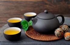 Say trà có nguy hiểm không, xử lý ra sao?