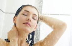 Thời điểm không nên tắm để tránh đột quỵ