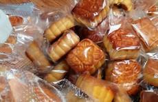 Xử phạt người mua hơn 3.600 bánh trung thu không nguồn gốc