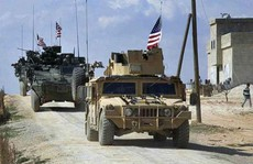 """Mỹ tập trận bắn đạn thật ở Syria để """"đối phó đe dọa từ Nga"""""""