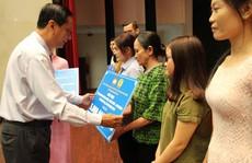 Hơn 2,3 tỉ đồng giúp gia đình CNVC-LĐ bị thiên tai