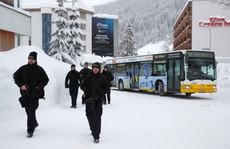 Davos 'nóng' hầm hập