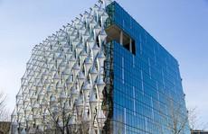 Mục sở thị đại sứ quán tỉ đô của Mỹ vừa mở cửa tại London