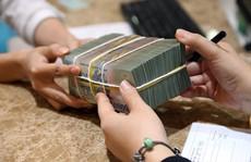 Đồng loạt thay đổi cách tính lãi ngân hàng