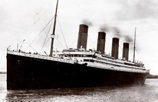 Nhiều người Mỹ tò mò đi thăm tàu Titanic chìm 100 năm dưới biển
