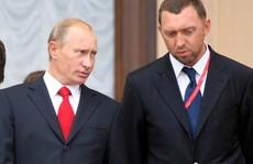 Tài phiệt Nga đứng ngồi không yên