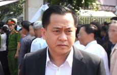 Ông Phan Văn Anh Vũ, còn gọi là Vũ 'nhôm', đã xuống sân bay Nội Bài
