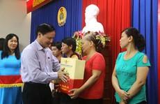Trao quà Tết cho công nhân tỉnh Khánh Hòa