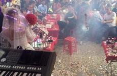 Mang pháo tới đám cưới đốt nổ 'tưng bừng', nam thanh niên bị khởi tố