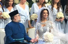 Cựu quốc vương Malaysia chuẩn bị ly dị hoa khôi Nga?