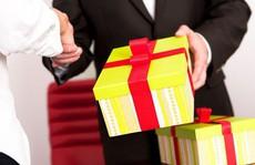 Các bộ, địa phương phải báo cáo việc 'nhận quà Tết trái quy định' trước ngày 12-2