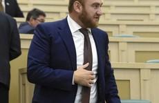 Tình nghi dàn dựng giết người, nghị sĩ Nga bị bắt tại Quốc hội