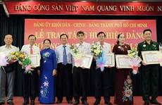 TP HCM trao Huy hiệu Đảng đợt 3-2
