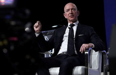 """Tỷ phú Jeff Bezos từng là """"người ngu nhất công ty"""""""