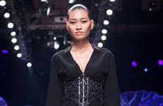 Người mẫu Kim Anh bị ung thư buồng trứng giai đoạn cuối