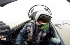 Trung Quốc tung clip 'gây chuyện' với máy bay nước ngoài trên biển Hoa Đông