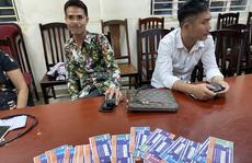 Trước trận Việt Nam-Malaysia, Cảnh sát hình sự mật phục bắt quả tang một loạt 'cò vé'