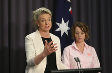 Mang lậu thịt heo vào Úc, một phụ nữ bị trục xuất về Việt Nam