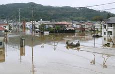 Nhật Bản: Siêu bão Hagibis đẩy nước của 200 con sông tràn bờ