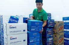 Saigon Co.op huy động gấp hàng ngàn lốc nước đóng chai phục vụ người dân Hà Nội