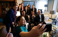 Thăm Nhật Bản, ông Duterte bỏ về sớm vì... 'đau lưng chịu không nổi'