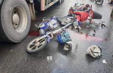 Tai nạn liên hoàn, một nạn nhân chấn thương sọ não trên đường đi làm