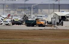 Mỹ: 'Pháo đài bay' rơi xuống sân bay, ít nhất 7 người thiệt mạng