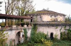 Có gì tại khu nghỉ dưỡng sang trọng bị bỏ hoang, đổ nát của Liên Xô cũ