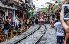 Hà Nội đặt hạn chót 'xoá sổ' các quán cà phê đường tàu
