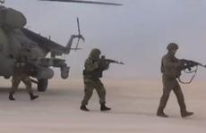 Trực thăng, binh lính Nga đổ bộ căn cứ không quân cũ của Mỹ ở Syria