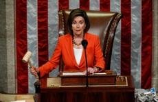 Chủ tịch Hạ viện Mỹ: Chính ông Trump đã 'thừa nhận hối lộ Ukraine'