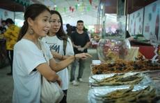 Hàng loạt món ăn 'độc, lạ' khắp châu Á hút giới trẻ TP HCM