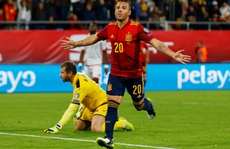 Cazorla trở lại, Tây Ban Nha vượt qua vòng loại Euro 2020