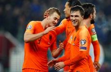 Á quân châu Âu Hà Lan vỡ òa niềm vui ngày trở lại Euro